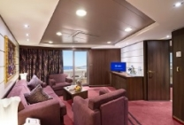 Suite Royale Yacht Club