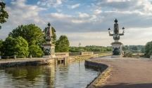 Découvrez le Canal de la Loire (BNV) 5 Ancres